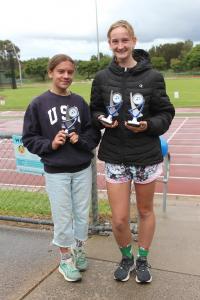 Under 14 women – winner Teagan Zurawel, runner-up Jasmine Orelli